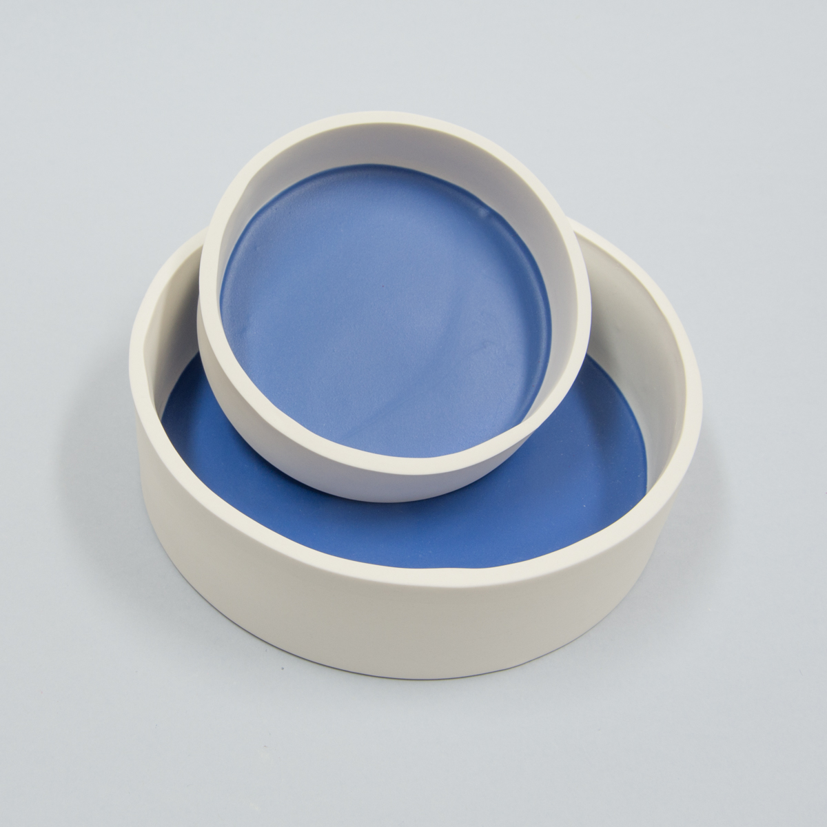 Set de 2 plats ronds bleu