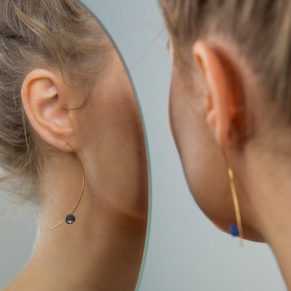 Boucles d'oreilles Perle bleue et Or