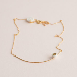 Collier-Arc-Léger-Perle-Blanc-Or-Caldy