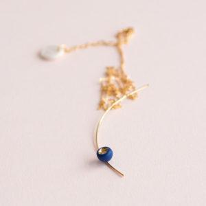 Pendentif-Arc-Léger-Perle-Bleu-Or-Cald