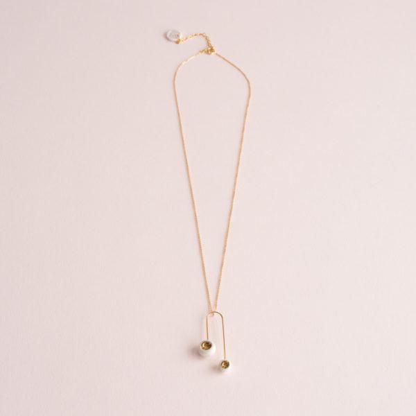 Pendentif-Mobile-Léger-Perle-Blanc-Or-Caldera