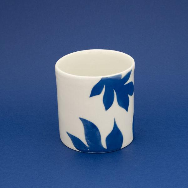 Vesna-Garic-Collection-M-Mugs-Porcelaine-Bleu-Blanc-Plantes