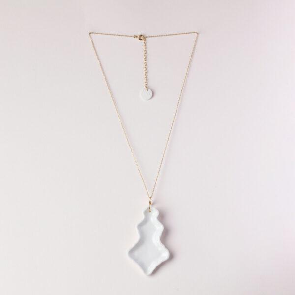 Vesna-Garic-Pendentif-Pampilles-porcelaine-blanc-Marquise