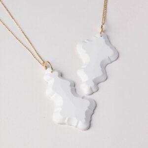 Vesna-Garic-Pendentif-Sautoir-Pampilles-porcelaine-blanc-Marquise